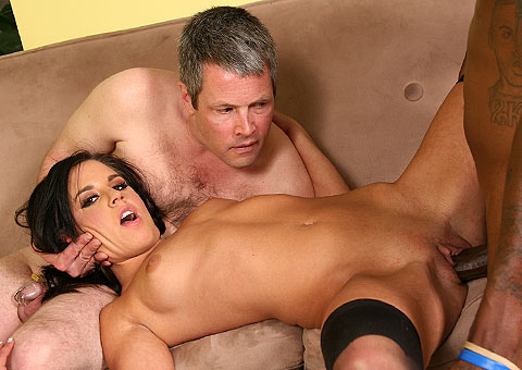 Gorgeous Missy Maze Goes Black In Front Of A Cuckold  from Cuckold Sessions