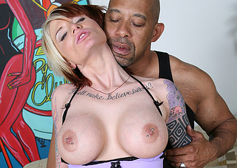 kiss matures fancily dressed girl tongue kisses a mom and takes